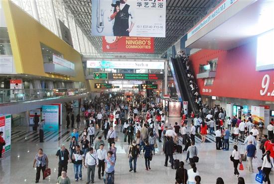 10月15日广州机场快线即将开通琶洲广交会专线