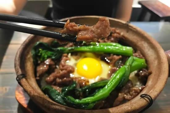 广州特殊小吃煲仔饭介绍