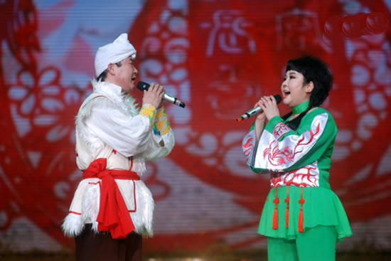 广州举办第十三届中国民间文艺山花奖颁奖典礼