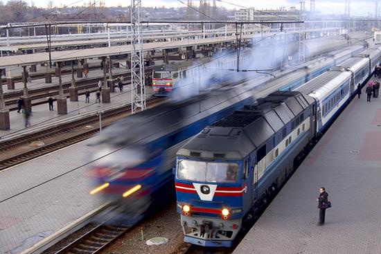 春运期间广州南站至成渝方向增开多次列车