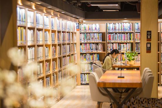 广州越秀区24小时不打烊图书馆四阅分馆开放