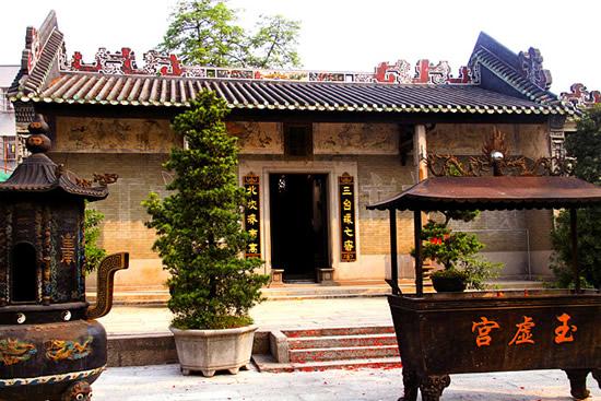 广州城西第一津草场汛西山庙的故事
