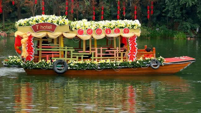 广州荔湾水上花市2月14日举办相亲大会