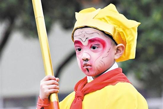 广州春节一日游到番禺南村镇观赏飘色巡游