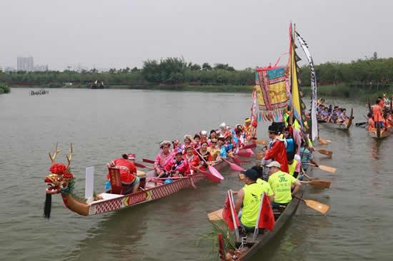 海珠湿地公园举办扒龙舟民俗文化活动