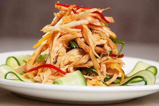 清爽可口的黄花菜炒肉你吃过了吗?