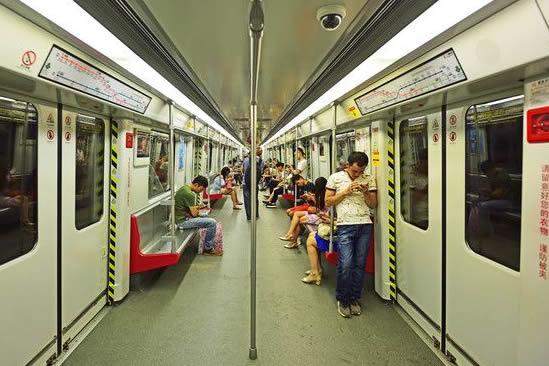 广州地铁清明小长假总运客高达2255万人次