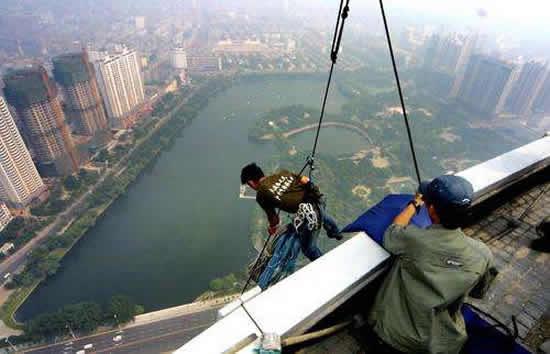 广州塔4月14日举办首届亲子攀岩挑战赛