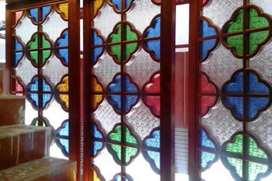 广州一日游到余荫山房欣赏满洲窗