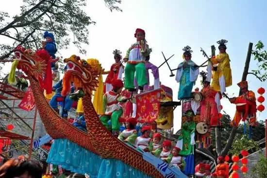 广州番禺区第六届民俗文化节活动今日举行
