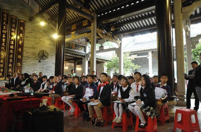 广州车陂简氏公祠有块三百年历史的石碑