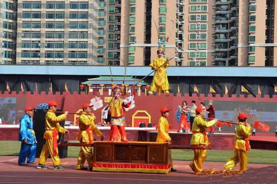 广州番禺沙湾镇举行盛大的民俗文化巡演活动