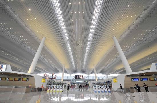 广州白云机场2号航站楼4月26日投入使用