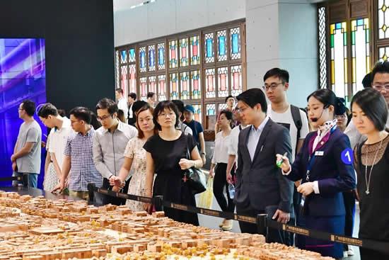 粤港澳大湾区发展与创新青年人才广州交流会开幕