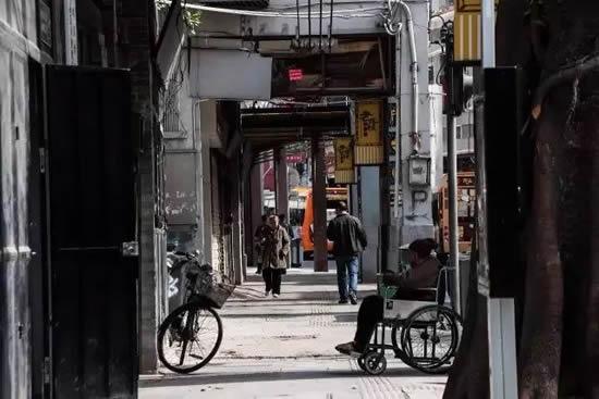 广州一日游到恩宁路访寻文物古迹 西关老字号一条街文化品牌
