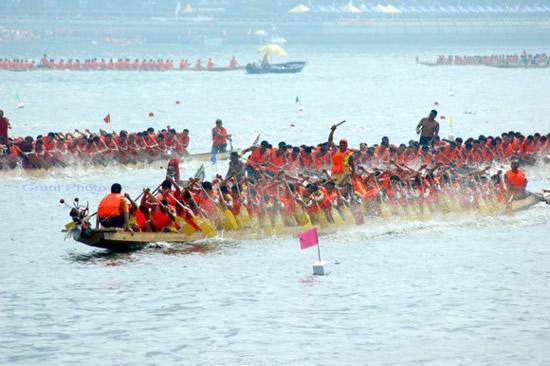 海中村将以杉木龙船代表荔湾区出战广州龙船邀请赛