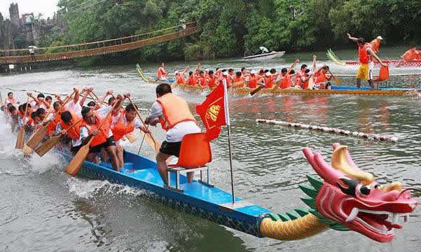 广州组织国际医疗旅游活动 让海外患者零距离观赏端午龙舟体验光伏文化