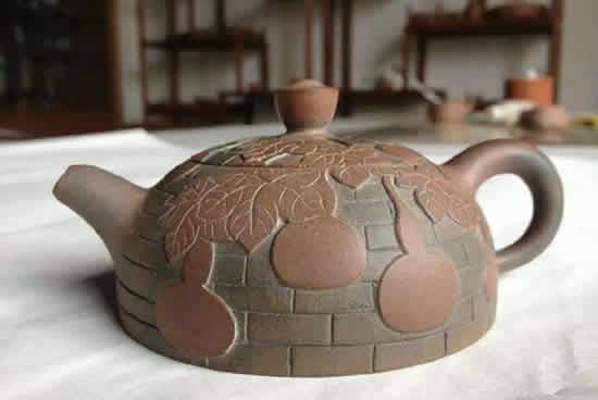 坭兴陶艺术作品展6月13日至24日在广州传统工艺美术中心展览馆举行