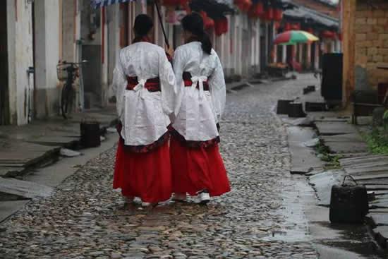 2018年第二届中华传统服饰节在珠玑古巷举行 弘扬浓郁南雄特色文化