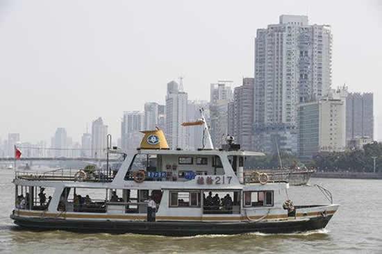 第一届广州珠江客船船员技能大比武在芳村亚运码头举行