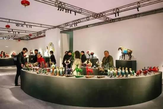 第23届春季广州国际艺术博览会在琶洲开锣 借助艺术讲述广府故事