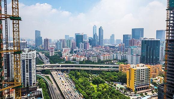 广州是一座既可以喝凉茶又可以叹咖啡的城市