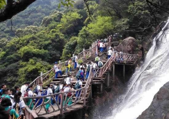 广州八月旅游哪里好玩?到增城白水寨青山绿水中去避暑吧!