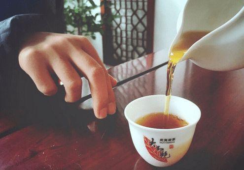广府茶礼——扣手茶礼