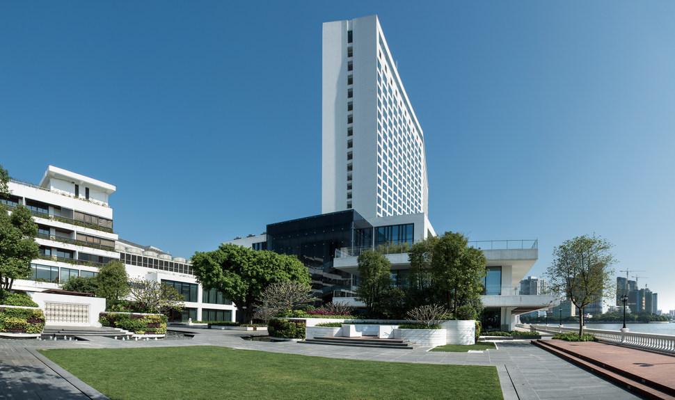 自主设计建造,广州白天鹅宾馆,中国改革开放的标志