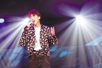 摩登兄弟刘宇宁七夕广州开唱,称自己是歌手不是网红!
