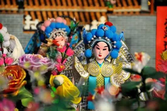 广州一日游哪里好玩?带你到天河珠村体验乞巧节的精彩活动吧!