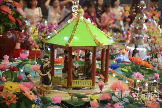 广州一日游哪里好玩?到车陂参与到文化探索及传承的摆中元活动!