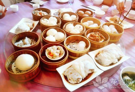 广州酒楼每桌每次用餐时间仅限两小时,避免霸位情况出现!