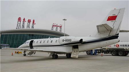 广东援建的图木舒克机场迎来首架飞机,争取年内实现正式通航!
