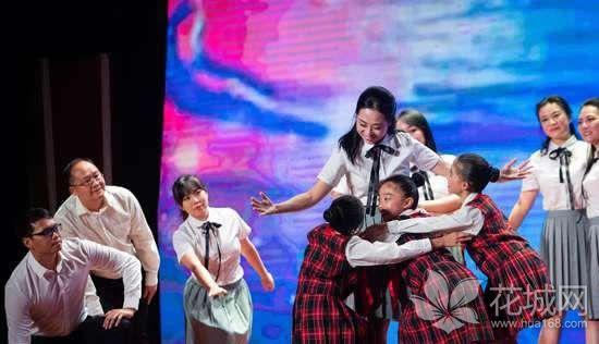 广州越秀区举办庆祝2018年教师节大会,共庆第34个教师节!