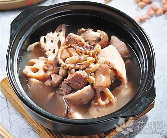 中秋的味道:上了《舌尖上的中国》的洪湖莲藕煲猪踭