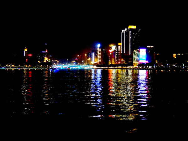 广州珠江沿岸景点一日游